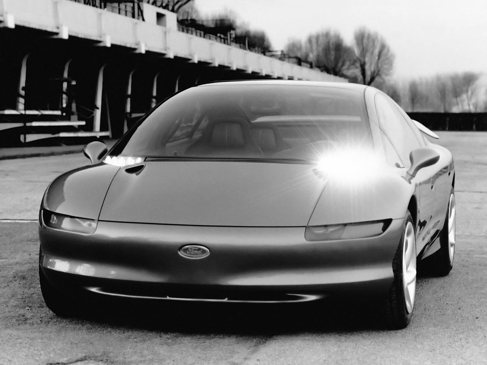 1989-Ghia-Ford-Via-Concept-01