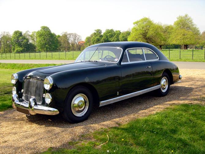 Pininfarina_Bentley_Mk_VI_Cresta_Facel_Farina_1948_03
